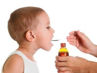 Мокрый кашель у ребенка чем лечить
