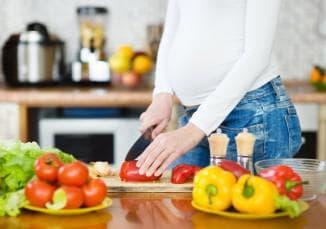тщательное питание при беременности во втором триместре лечение