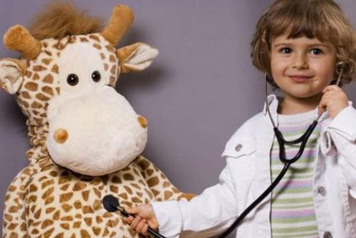 Причины кашля без простуды у взрослого и ребенка: от чего бывает, при каких заболеваниях
