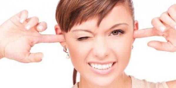 Что делать если заложило ухо при насморке