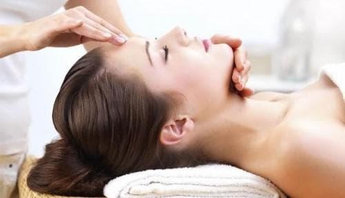 Массаж при гайморите в домашних условиях (Как правильно делать массаж носа при синусите)