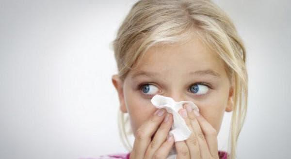 Капли при сильной заложенности носа у ребенка