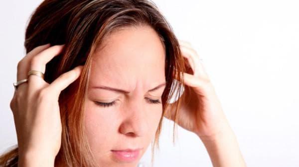 Боль в горле переходящая в ухо