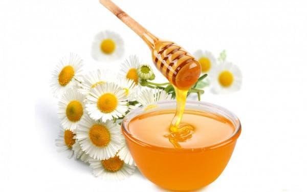 ромашка и мёд от ангины