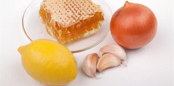 Репчатый лук с медом от кашля