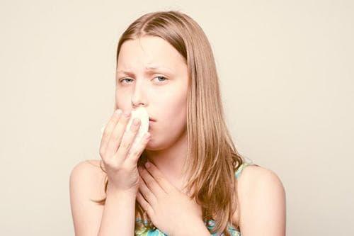 Невротический спазм горла симптомы и лечение