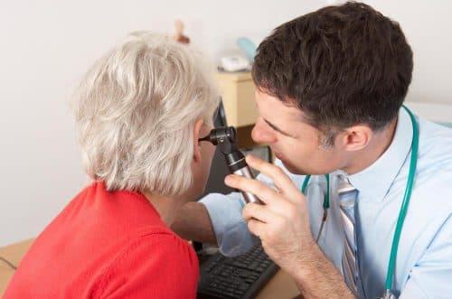 Симптомы мастоидита и его лечение