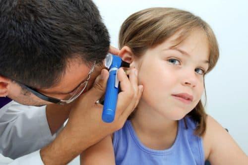 Тугоухость 1–4 степени у детей — причины потери слуха и лечение