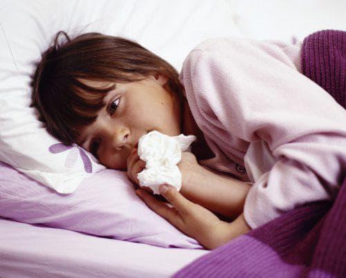 Почему идет кровь из носа у подростка: причины