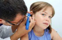 причины того, что давит на уши изнутри