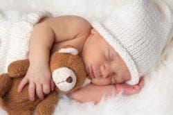новорожденный часто чихает