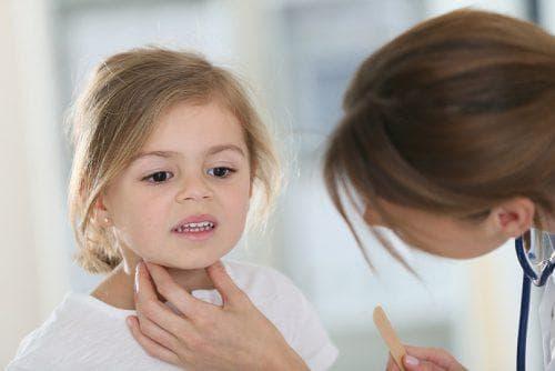 У ребенка сел голос чем лечить