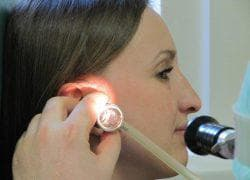 заложенность уха от давления