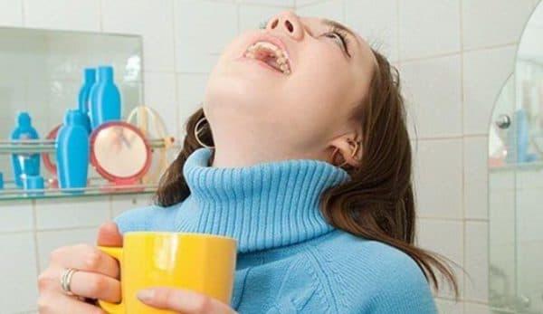 сода для полоскания горла