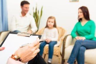 с ребёнком у психотерапевта