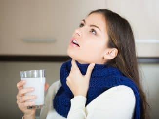 Чем можно полоскать горло при ангине в домашних условиях