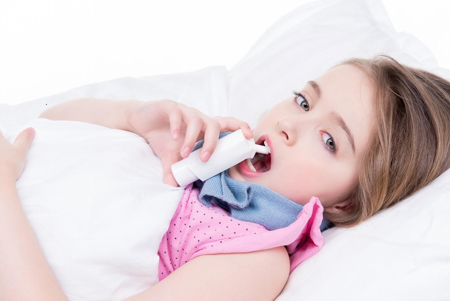 Сколько пить антибиотик при ангине ребенку