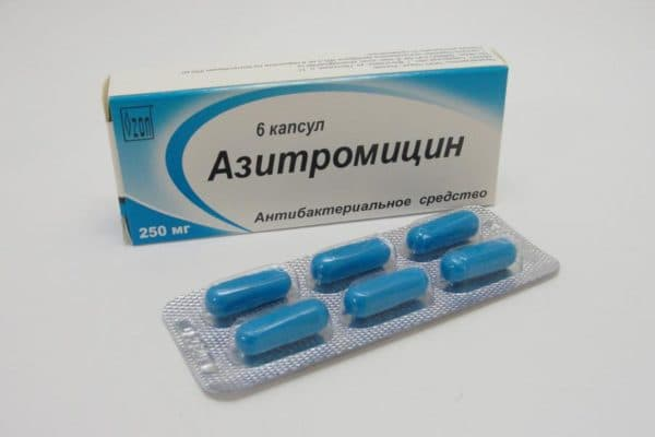 какими антибиотиками лечить отит
