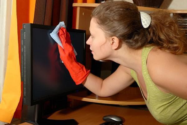 очистить комнату ребёнка от пыли