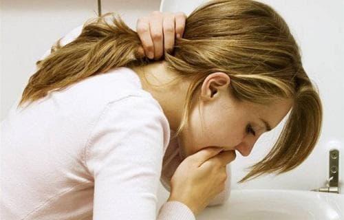 кашель с приступом тошноты по утрам у взрослого