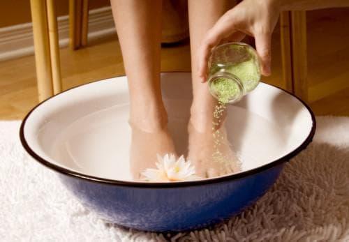 прогревание ног в воде с йодом