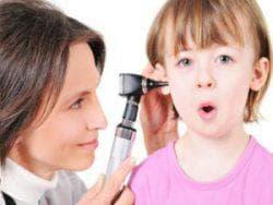 жидкость у ребёнка из уха
