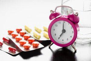 принятие таблеток о расписанию