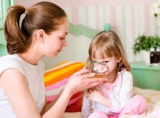 тёплое питьё для ребёнка